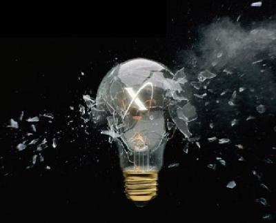 Esplosione di lampadina gimmick