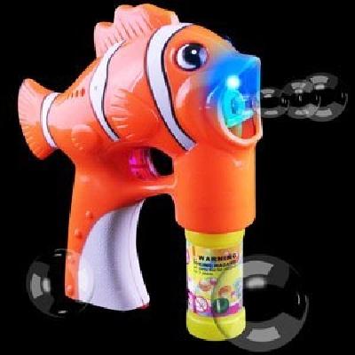 Pistola bubble blaster con pesce
