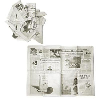 Giornale strappato e ricostruito